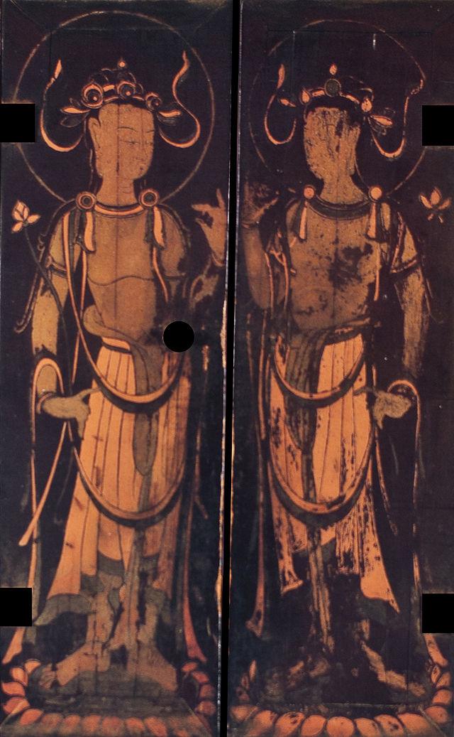 Tamamushi_Shrine_(right_doors).jpg