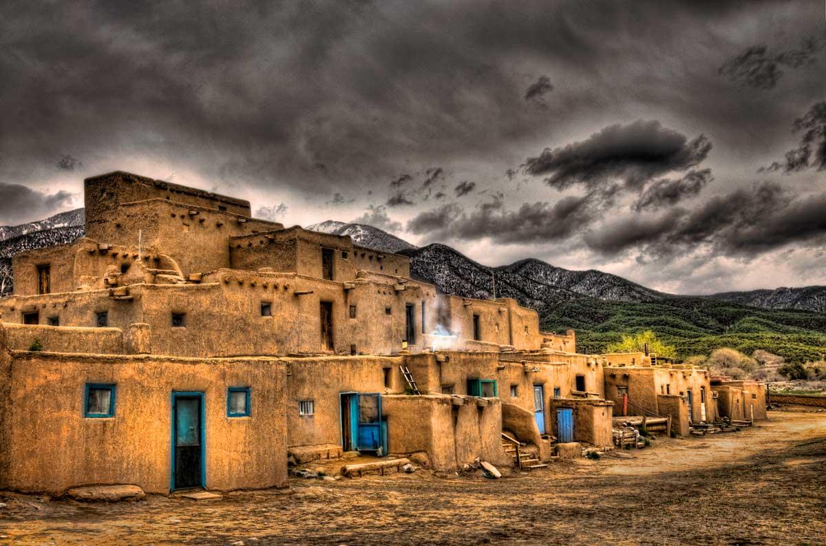 Taos_Pueblo.jpg