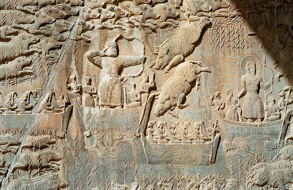 Taq-e_Bostan_-_Low-relief_detail_of_the_deer_hunt.jpg