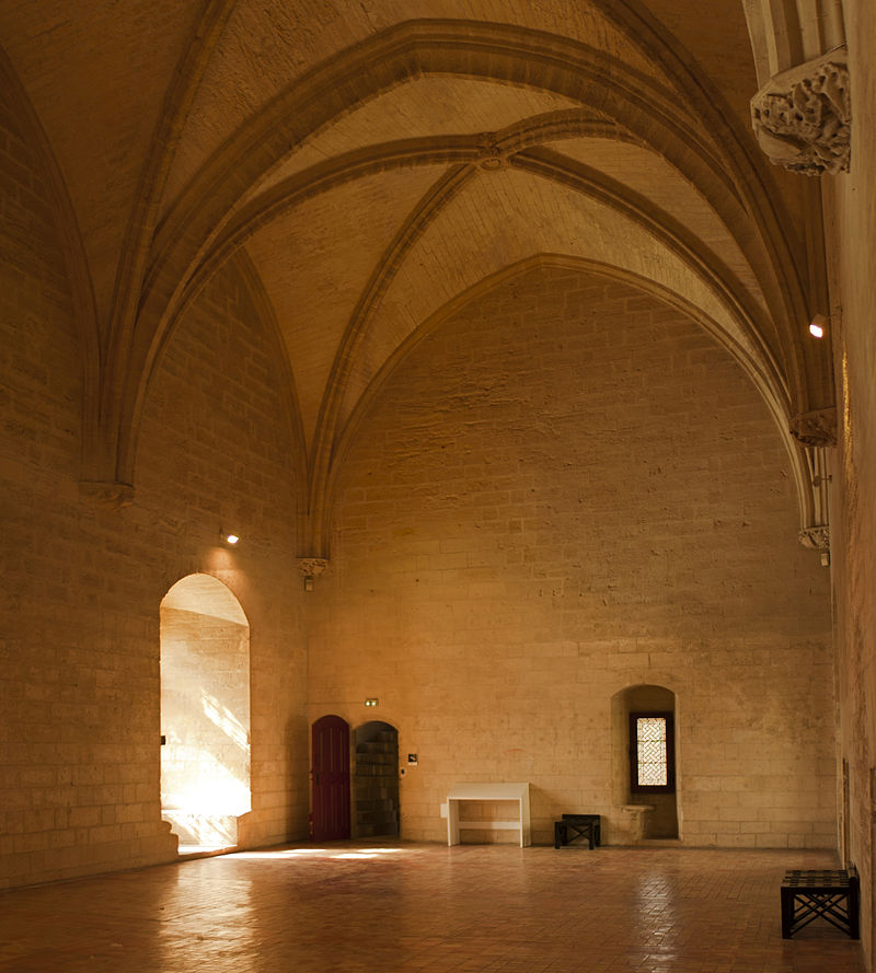 Tarascon-Château_du_Roi_René-Salle_de_l'horloge-20130617.jpg