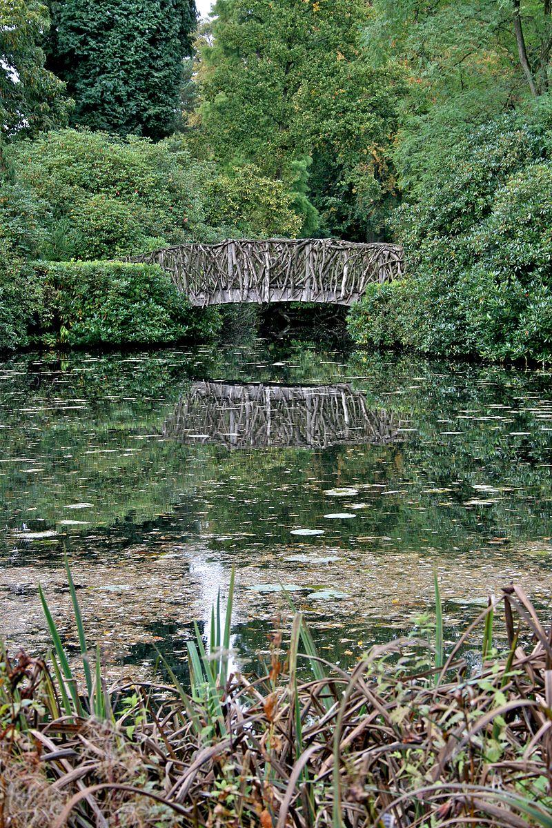 Tatton_Park_gardens_2009-8.jpg