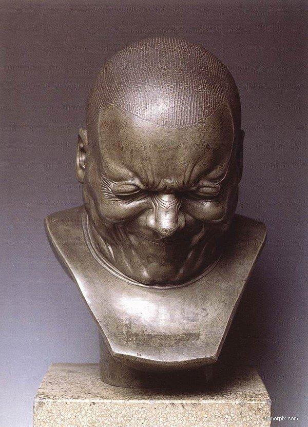 The_busts_of_Franz_Xaver_Messerschmidt_grimacing4-size-600x0.jpg