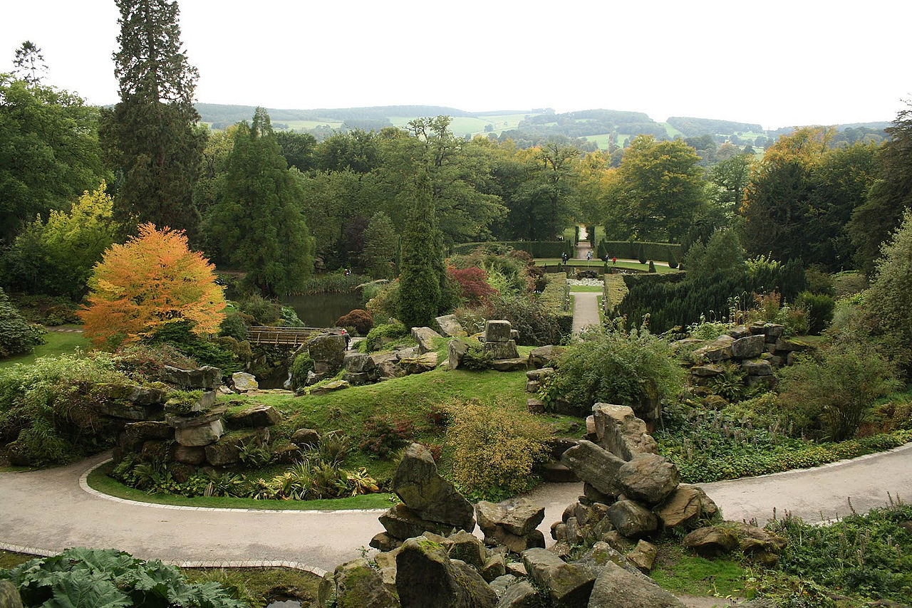 The_Rockeries,_Chatsworth_House,_England.JPG