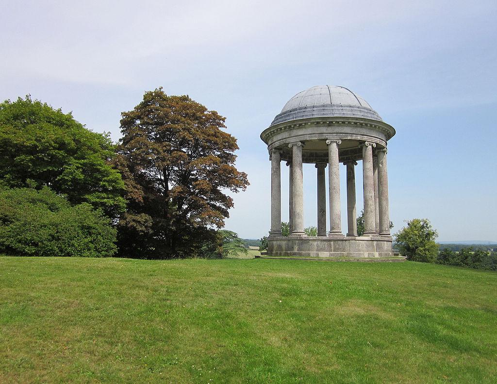 The_Rotunda,_Petworth_House.jpg