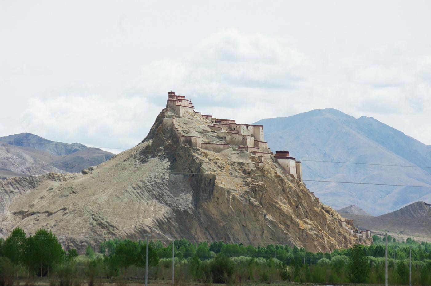 TIB-gyantse-dzong-nyangchu.jpg