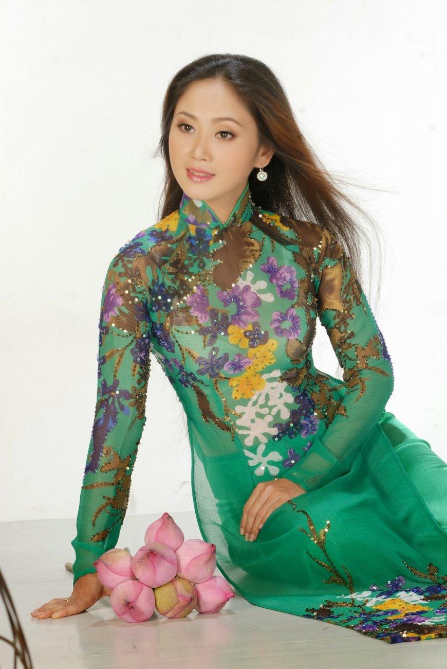 Trung Hau goc 4312.jpg