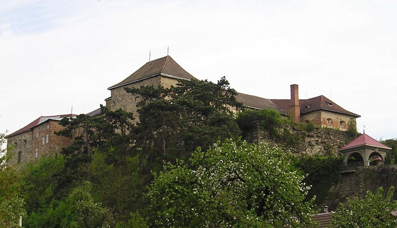 Uzhhorod.Castle01.jpg