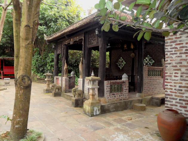 Vietnamski-dvorets-Tan-Chuona02.jpg