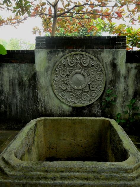 Vietnamski-dvorets-Tan-Chuona05.jpg