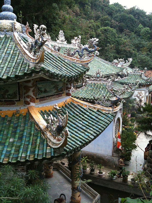 View_of_Linh_Ung_Pagoda_Marble_Mtns.jpg