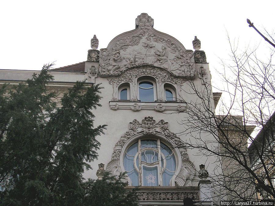 Villa-Alberta-Kyorossi.jpg