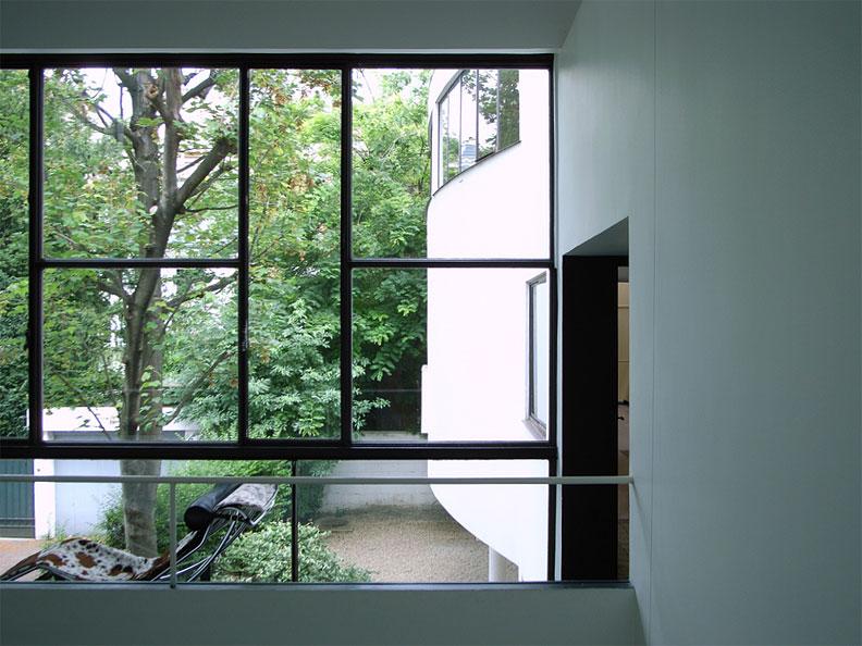 villa-roche-by-le-corbusier-01.jpg