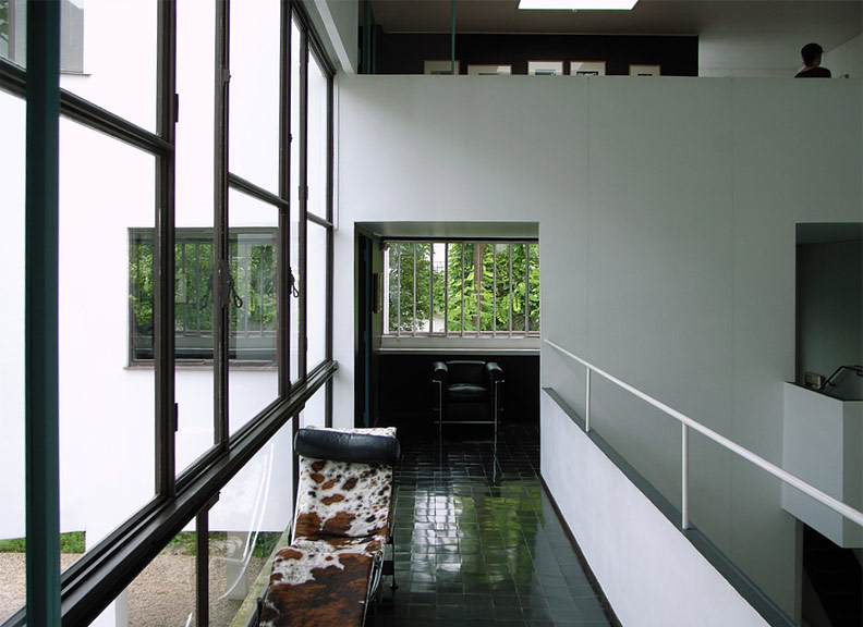 villa-roche-by-le-corbusier-08.jpg