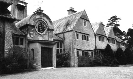 voysey-Norney-Grange.jpg