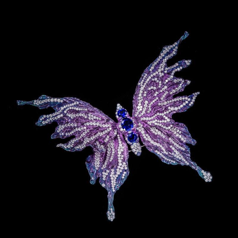 Wallace-Chan-Jewelry-5.jpg