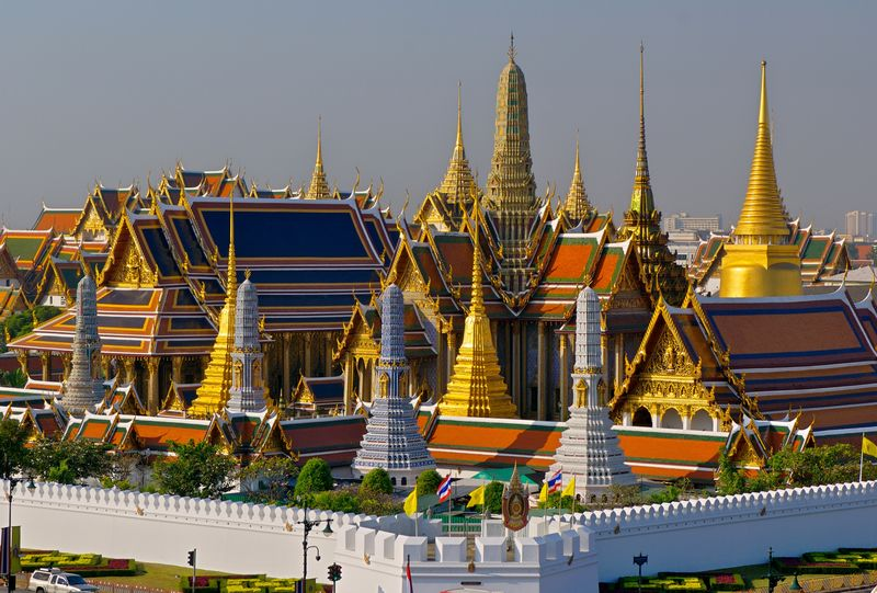 Wat Phra Kaeo-Royal Grand Palace 18d.jpg