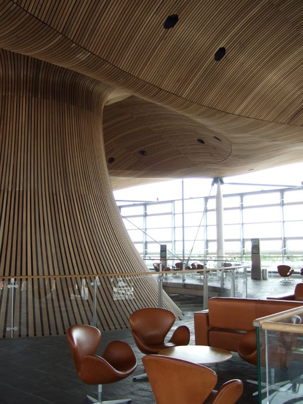 Welsh_Assembly_interior_curved.jpg