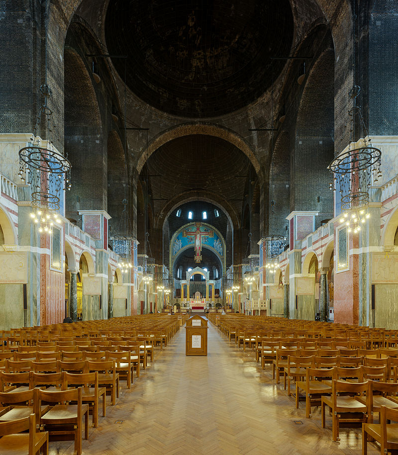 Westminster_Cathedral_Nave,_London,_UK_-_Diliff.jpg