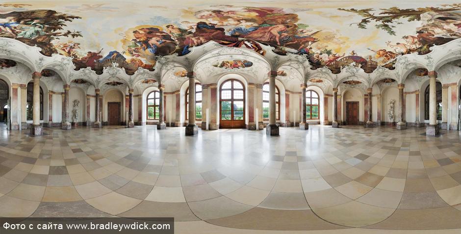Wurzburg_residenz_GardenHall.jpg