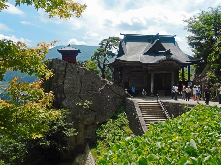 Yama-dera Temple (Risshaku-ji Temple)p16-bartok-yamadera-a-20141109-870x652.jpg